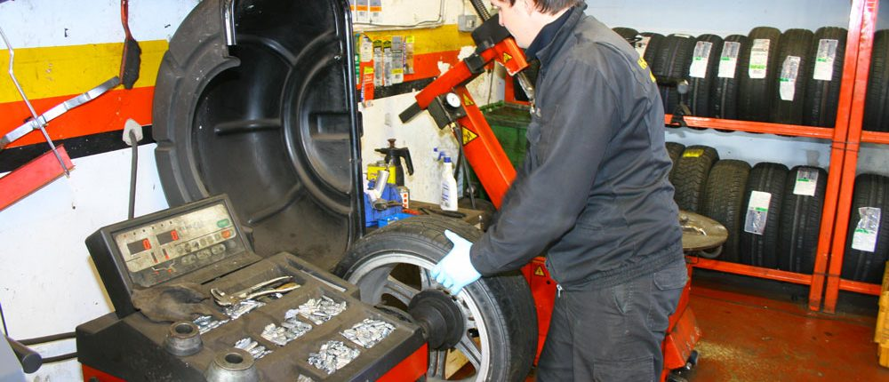 Kwik Tyre Replacement Service Sunderland